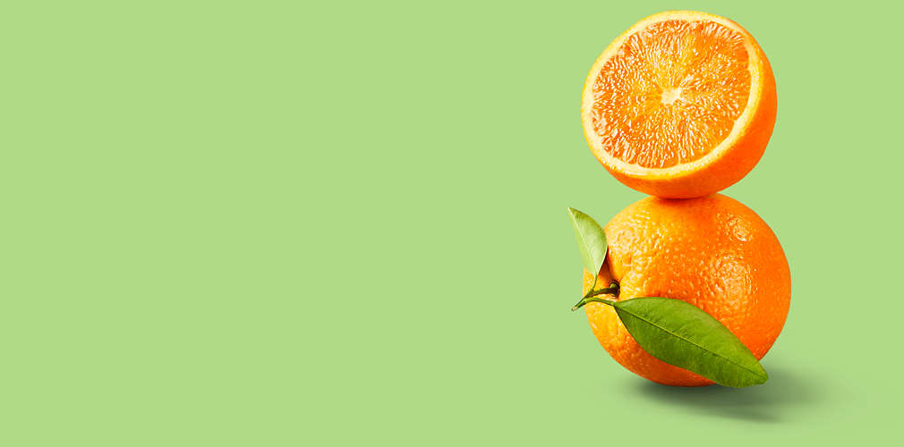 gestapelte Orangen